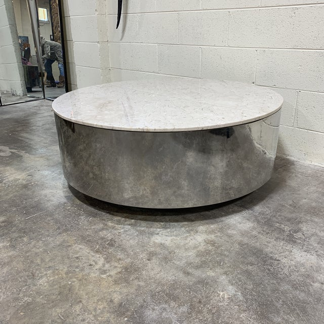 Not exactly sure this is Pace, but certainly has that feel. Near perfect condition, this large round Carrara marble...