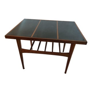 Mid Century Modern Walnut End/Side Table For Sale