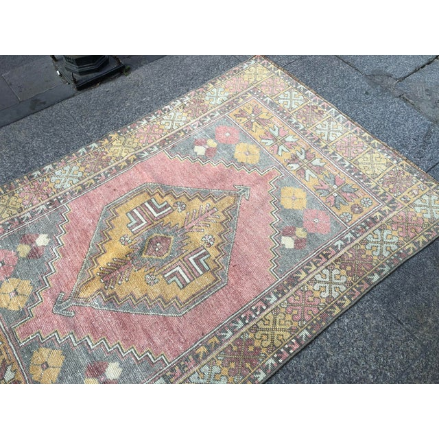 1960s Vintage Nomadic Floral Wool Rug- 3′7″ × 5′7″ For Sale - Image 9 of 11