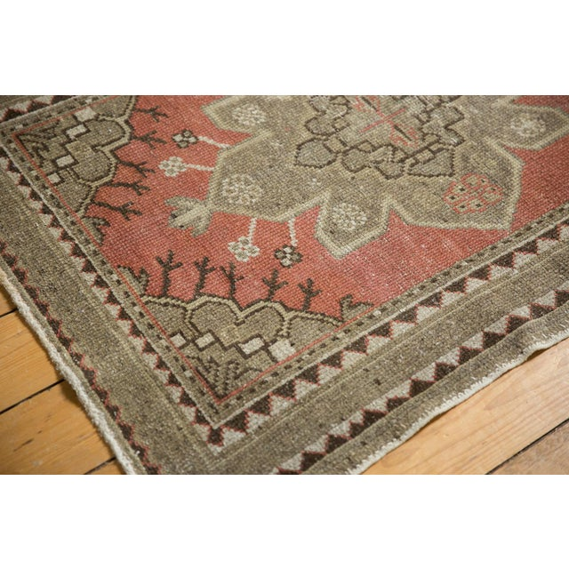 """Country Vintage Distressed Oushak Rug - 3'2"""" X 4'5"""" For Sale - Image 3 of 11"""