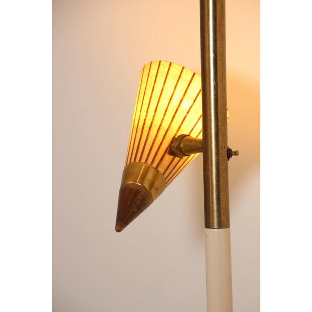 Metal 1950s Adjustable Vintage Three Shades Extension Pole Lamp by Gerald Thurston For Sale - Image 7 of 13