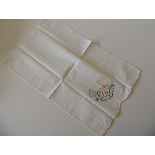 Vintage Green and Yellow Embroidered Bathroom Guest Towel For Sale - Image 4 of 5