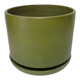 Mid Century Green Speckled Gainey Planter With Saucer