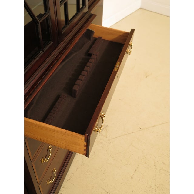 Kittinger Richmond Hill Collection Mahogany Breakfront For Sale - Image 10 of 14