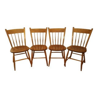 1950s Americana Nichols & Stone Thumb Back Maple Windsor Chairs - Set of 4 For Sale