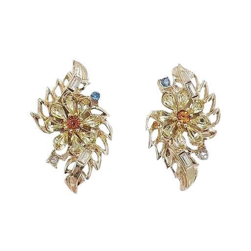 Early 1950s Corocraft Rhinestone Flower Earrings For Sale