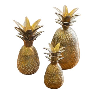 Mid 20th Century Vintage Brass Indian Pineapple Jars - Set of 3 For Sale