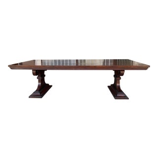 1980s Traditional Solid Wood Mahogany Dining Table For Sale