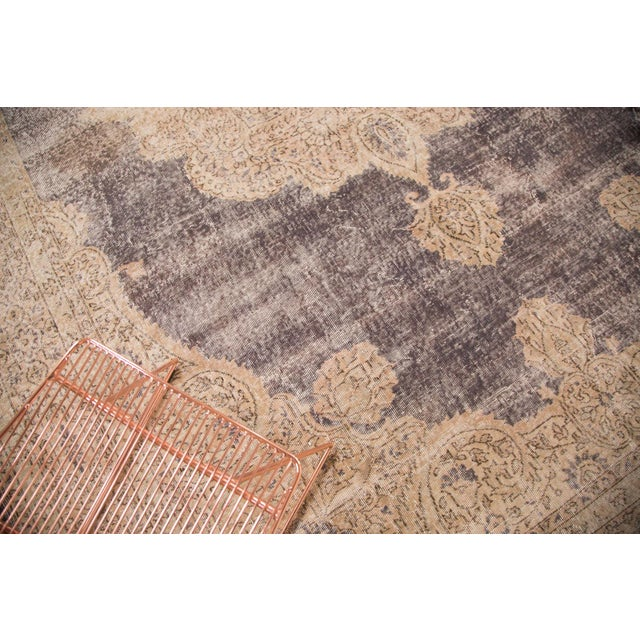 "Distressed Vintage Oushak Carpet - 9'9"" x 14'5"" - Image 4 of 7"