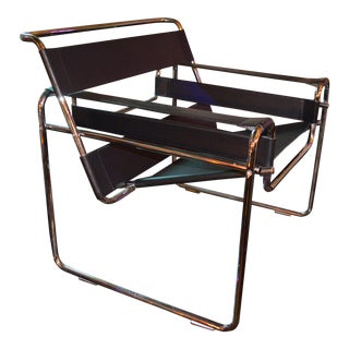 Vintage Mid Century Modern Marcel Breuer Styled Black Leather Wassily Chair For Sale