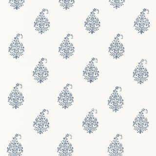 Schumacher Kerala Paisley Wallpaper in Delft For Sale