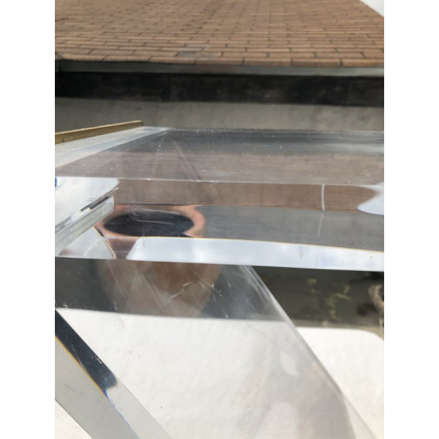 Transparent Lucite Z Drinks Table With Brass Detail For Sale - Image 8 of 13