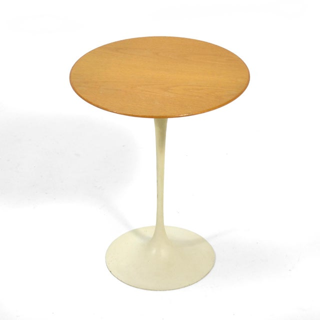 """Saarinen's iconic design for Knoll, the """"tulip"""" side table is a classic that looks beautiful in any interior. This..."""