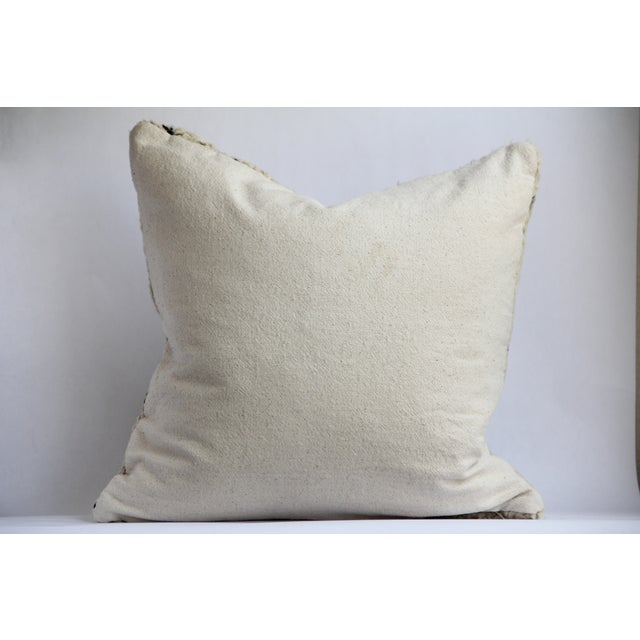 Moroccan Vintage Beni Ourain Pillow - Image 6 of 6