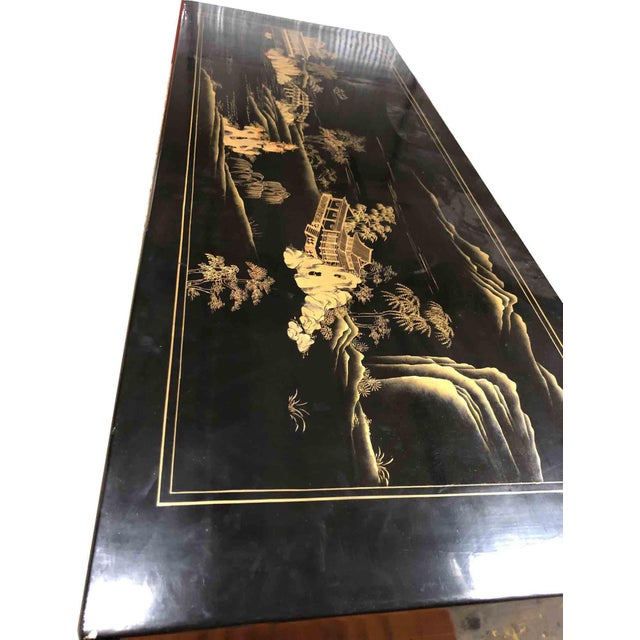 Asian Vintage Chinoiserie Ming Lacquered Kang Coffee Table For Sale - Image 3 of 11