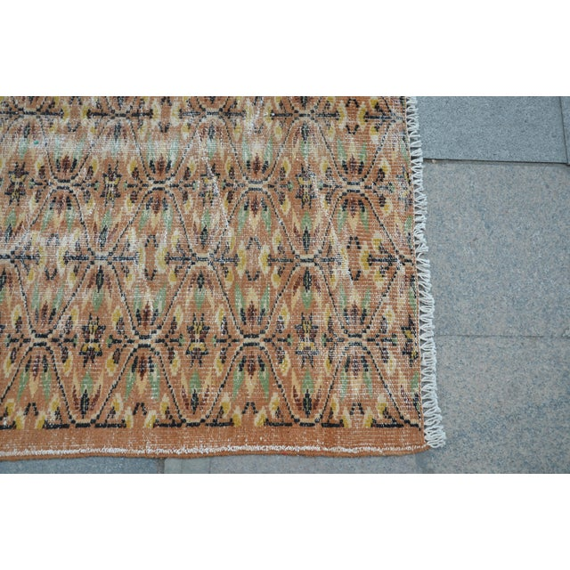 Turkish Brown Rug - 4′11″ × 7′8″ For Sale In Austin - Image 6 of 6