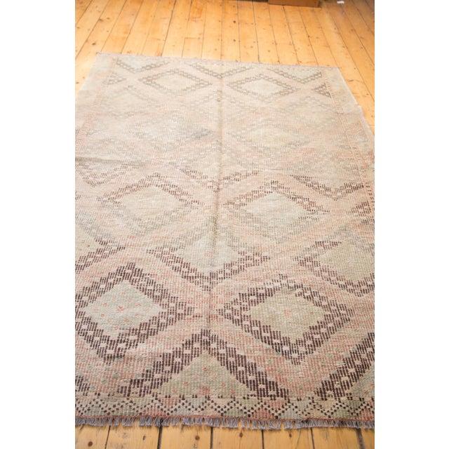 """Vintage Jijim Carpet - 5'6"""" X 8'8"""" - Image 4 of 6"""