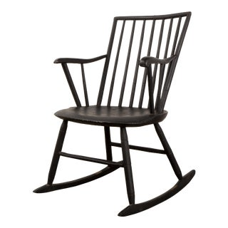 19th Century Original Painted Surface Windsor Rocking Chair For Sale