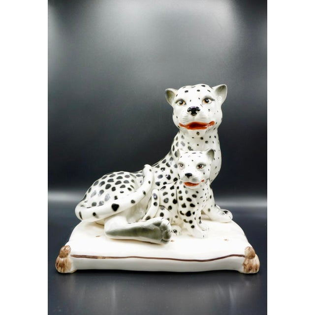 Stunning Italian porcelain snow leopards in excellent condition. Beautifully hand-crafted and painted, this piece makes a...