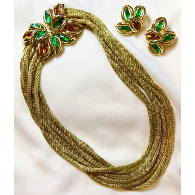 1960s Green and Topaz-Yellow Marquis Torsade Necklace and Earring Set For Sale - Image 4 of 7