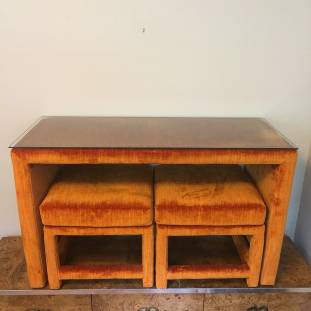 1970s Orange Velvet Console Table With Parsons Style Ottomans, Set of 3 For Sale - Image 12 of 12