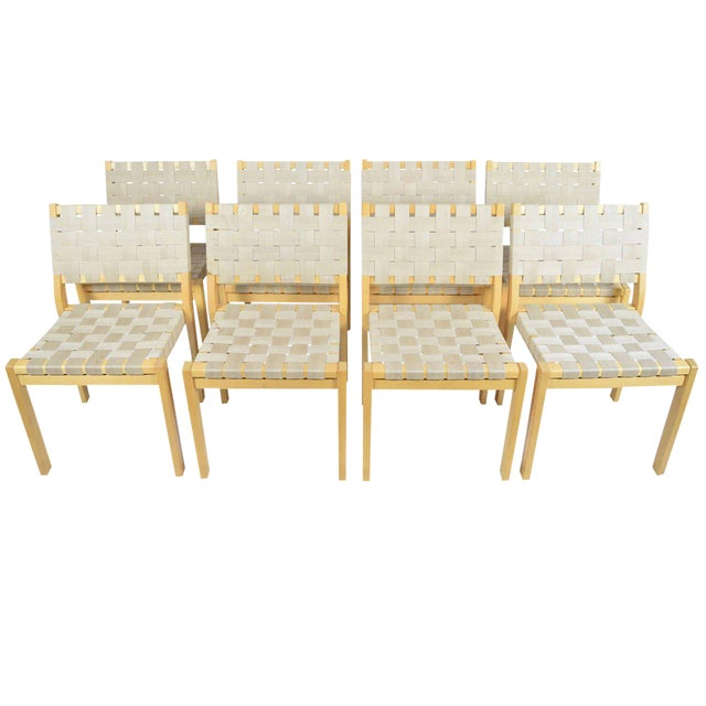 Alvar Aalto 615 Chairs - Set of 8 For Sale