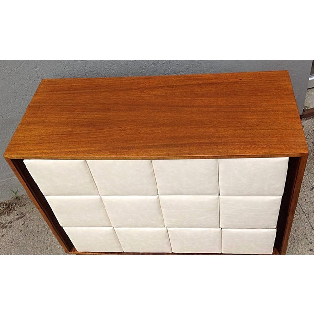 Mid-Century Modern 1940s Mid-Century Modern Gilbert Rohde for Herman Miller Mahogany Chest For Sale - Image 3 of 9