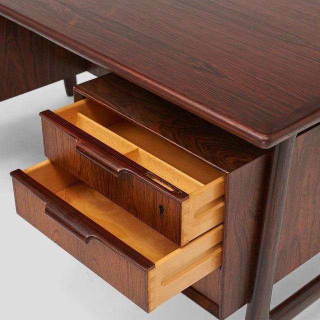 Omann Jun rosewood executive desk - Image 4 of 8