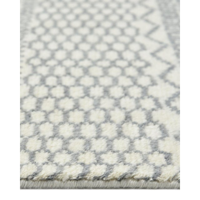 Venus, Bohemian Tribal Hand Knotted Area Rug, Ivory, 5 X 8 For Sale In New York - Image 6 of 9