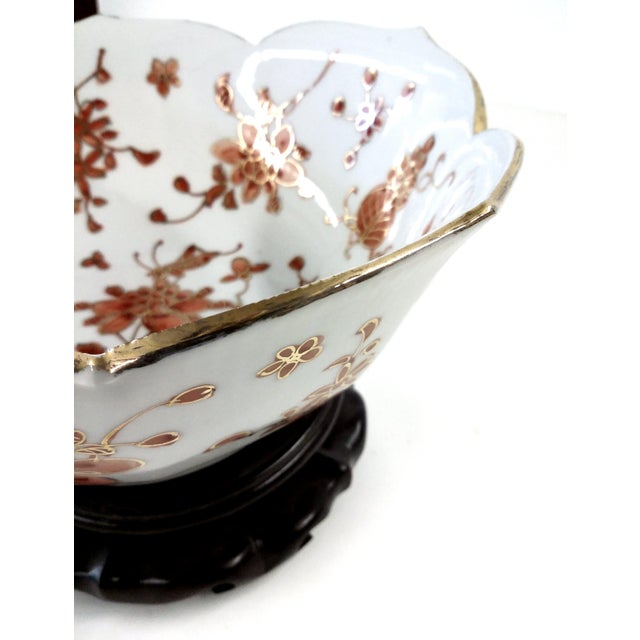 Vintage Hand-Painted Chinese Porcelain Lotus Bowl - Image 5 of 9