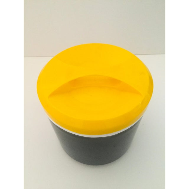 Vintage Italian Blue & Yellow Plastic Ice Bucket - Image 5 of 9