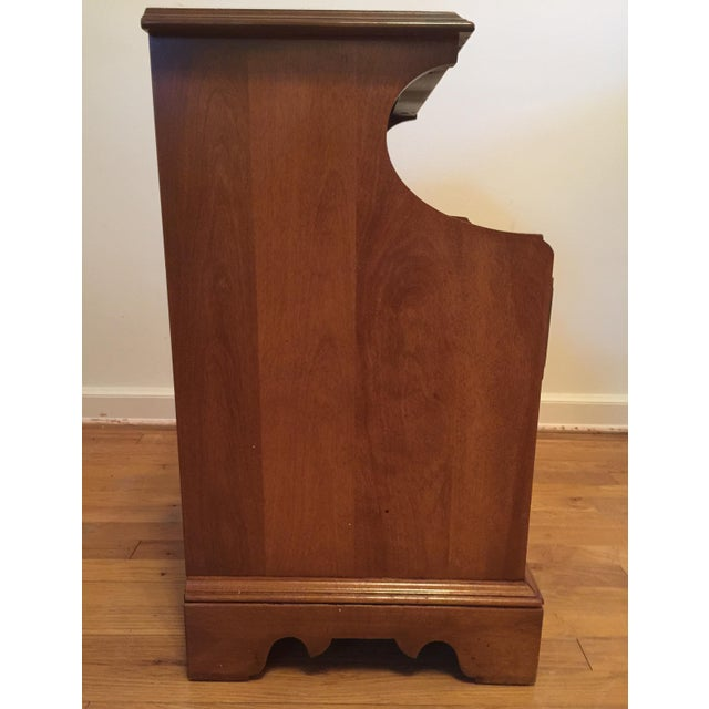 Mid-Century Modern 1950s Mid Century Modern Ethan Allen Baumritter Maple Wood Night Table For Sale - Image 3 of 11