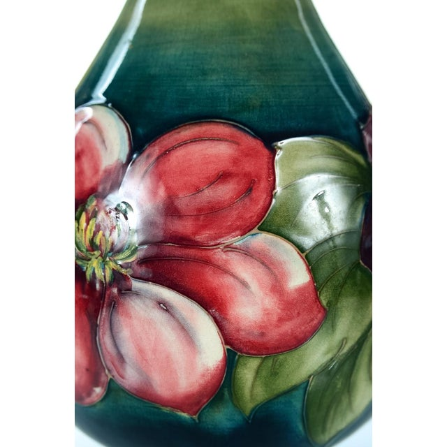 Moorcroft Green & Red Flowers Pottery Art Vase - Image 5 of 7