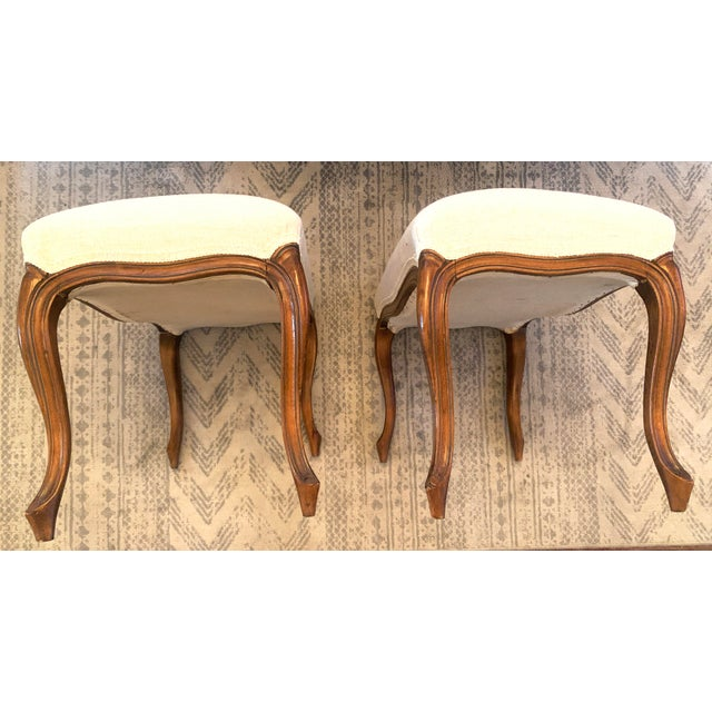 Antique Louis XV Style Walnut Benches Footstools Upholstered in Off-White Linen Fabric - a Pair For Sale - Image 10 of 13