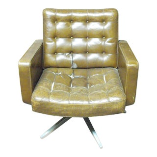 Knoll Leather Swivel Lounge Chair For Sale