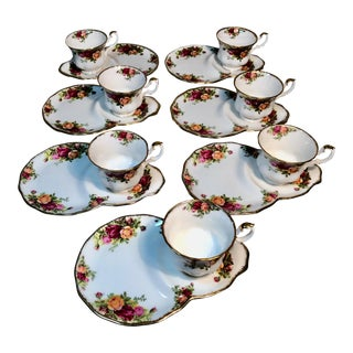 1960s Royal Albert Old Country Roses Tennis Cup & Plate Set- 14 Pieces For Sale