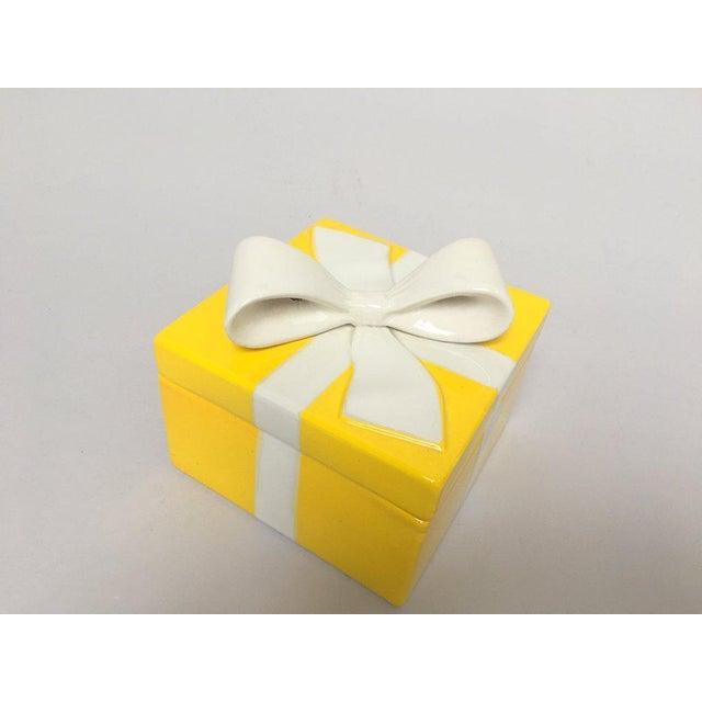 Mancioli Italy Yellow Porcelain Covered Gift Box - Image 10 of 11