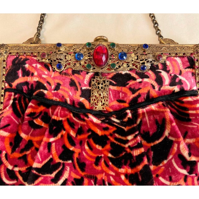 1920s Jeweled Frame Patterned Velvet Purse For Sale In Los Angeles - Image 6 of 9
