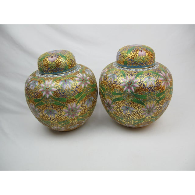 Late 20th Century Floral Cloisonné Lidded Ginger Jars - a Pair For Sale - Image 5 of 5