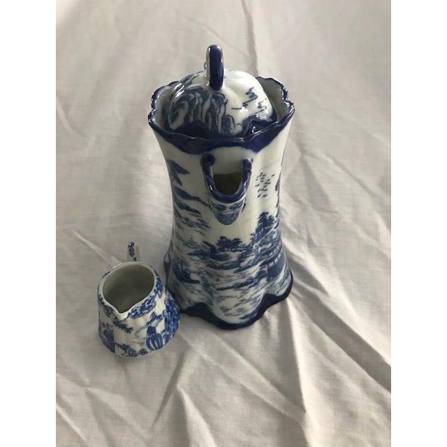 Chinoiserie Blue & White Teapot & Creamer - Image 4 of 8