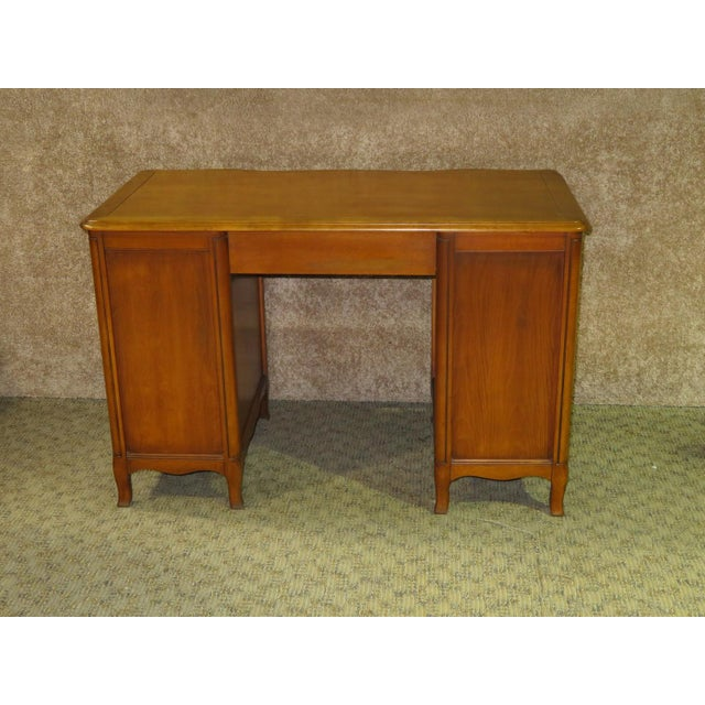 Brown 1970s French Provincial Sligh Partner Desk For Sale - Image 8 of 13