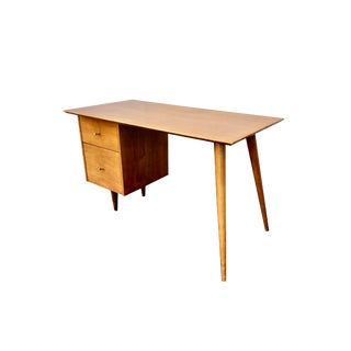 Paul McCobb for Planner Group Mid-Century Modern Maple Floating Top Writing Desk for Winchendon Furniture For Sale