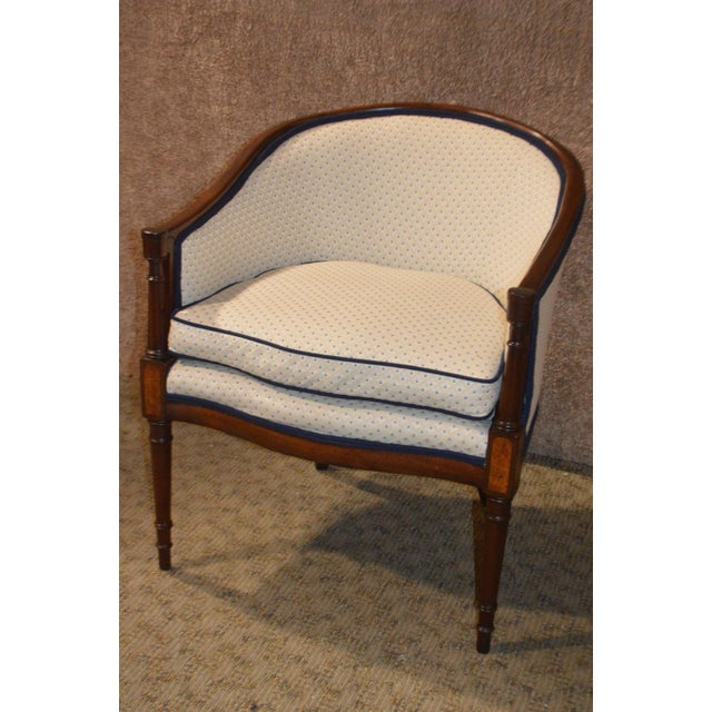Vintage Sheraton Style Inlaid Mahogany Barrel Back Accent Chair For Sale - Image 13 of 13