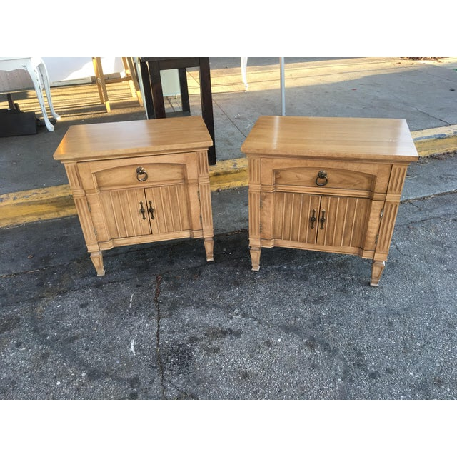 Thomasville Mid-Century Nightstands - A Pair - Image 2 of 3
