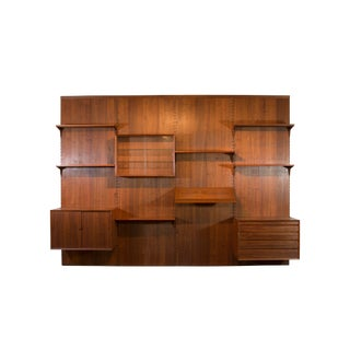 Poul Cadovius System Cado Mid-Century Modern Walnut 4 Bay Wall Unit For Sale