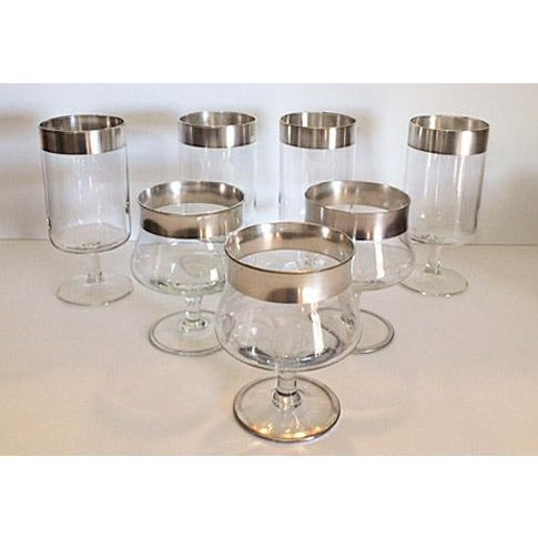 Mid-Century Modern Dorothy Thorpe Iced Tea Glasses & Cocktail Goblets - Set of 7 For Sale - Image 3 of 4