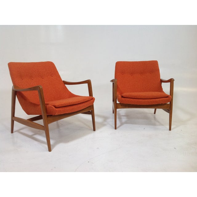 Mid Century Modern Lounge Chairs - 2 For Sale - Image 4 of 7