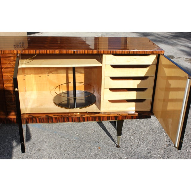 1940sArt Deco Exotic Macassar Ebony Sideboard / Buffet For Sale In Miami - Image 6 of 13