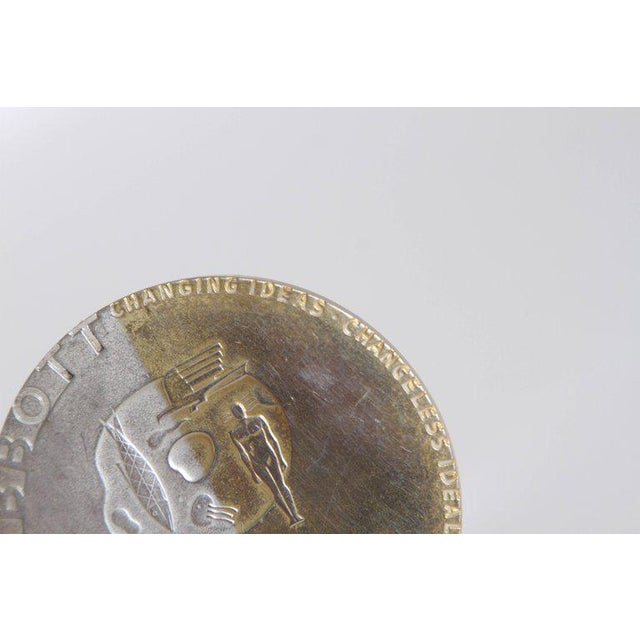 Metal Machine Age Art Deco Raymond Loewy Medallion, Abbott Labs 50th Anniversary For Sale - Image 7 of 11