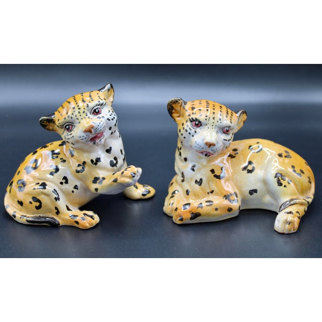 Mid-20th Century Italian Mottahedeh Terra Cotta Leopards - a Pair For Sale - Image 13 of 13